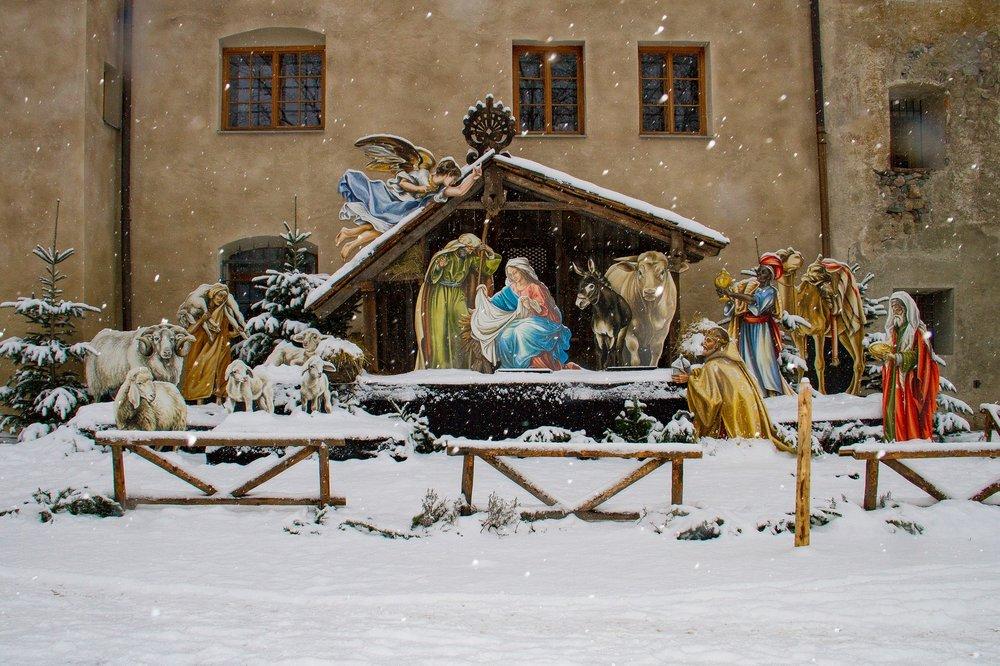 christmas-3009490_1920.jpg