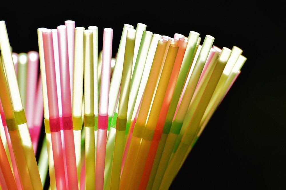 straws-1111450_1920.jpg