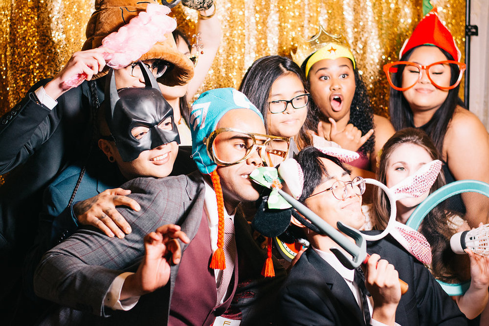 Wedding photo booth antics with the cousins!