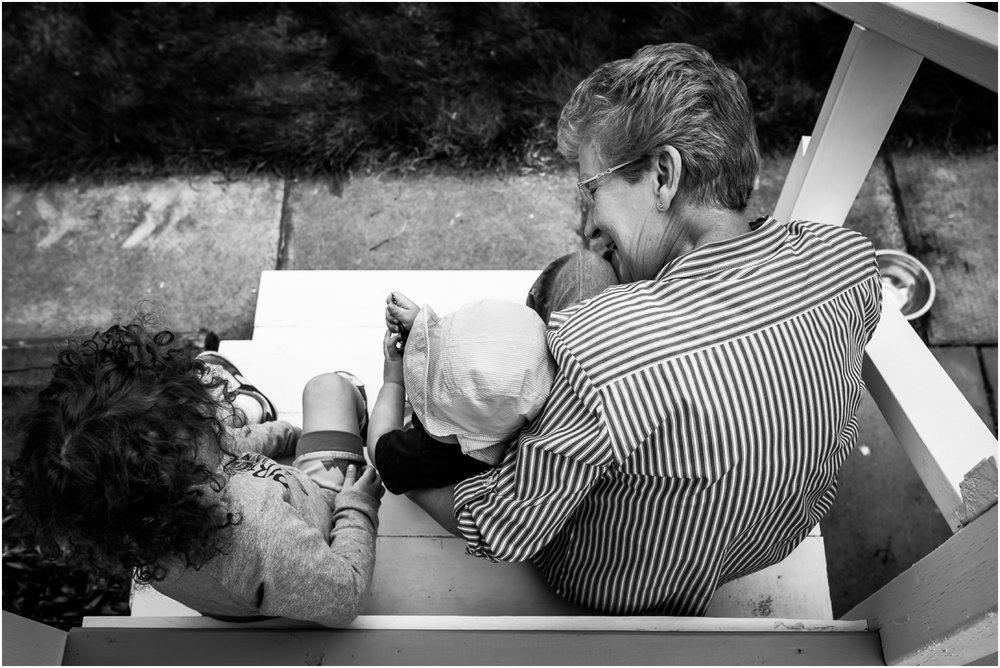 Edmonton Family Lifestyle Photographer - Best of 2016 - great grandma