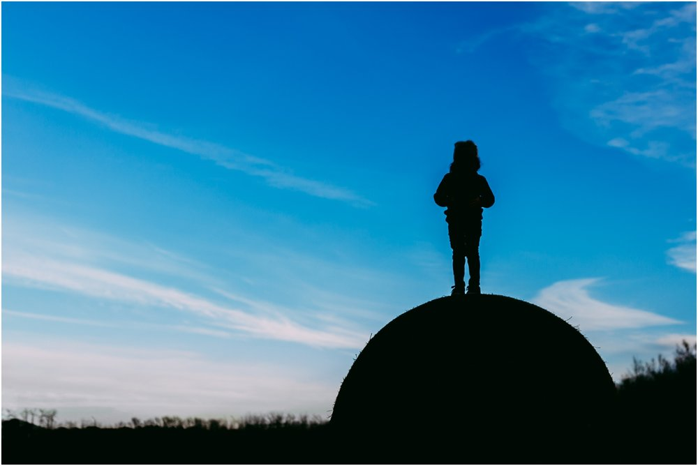 Edmonton Family Photographer - Best of 2016 - Silhouette - YEG - Hay Bale