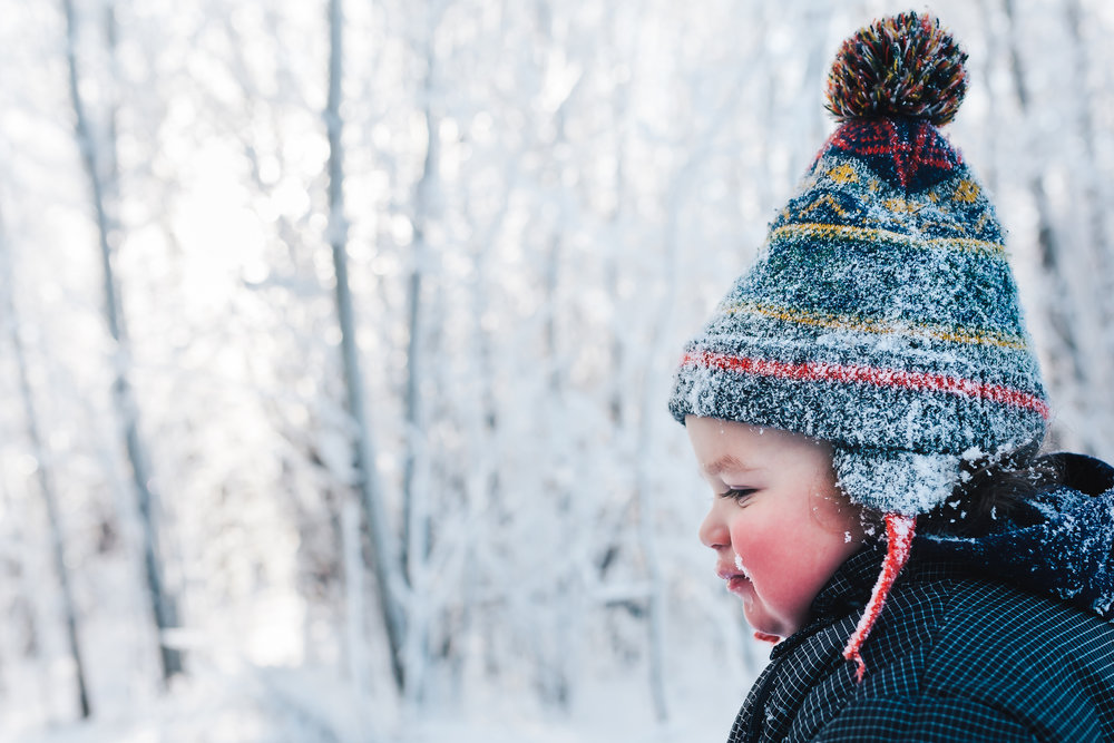 Edmonton Family Photographer - frosty day