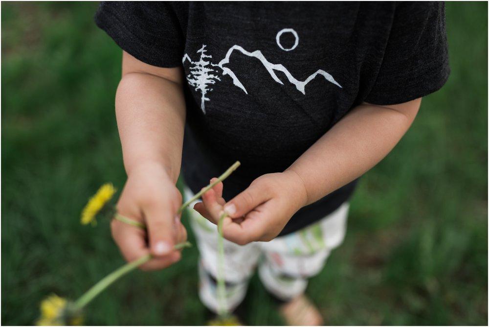 Edmonton Brand Photographer - Treelines Photography - Alpine Baby Co. Mountain Scape Tee - Dandelions