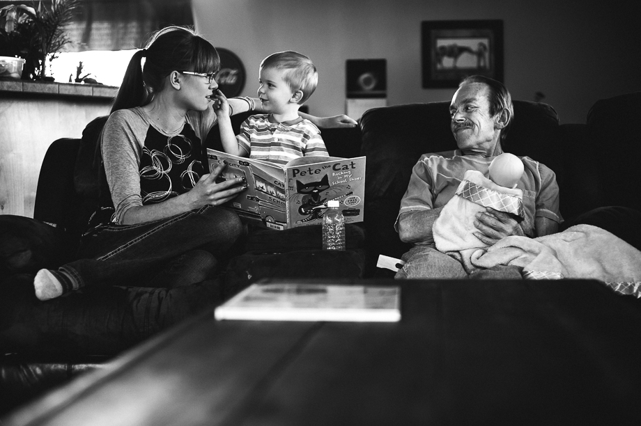 3 generation picture and book reading