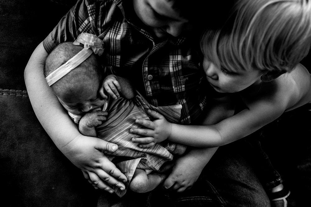 kristine newborn-35.jpg