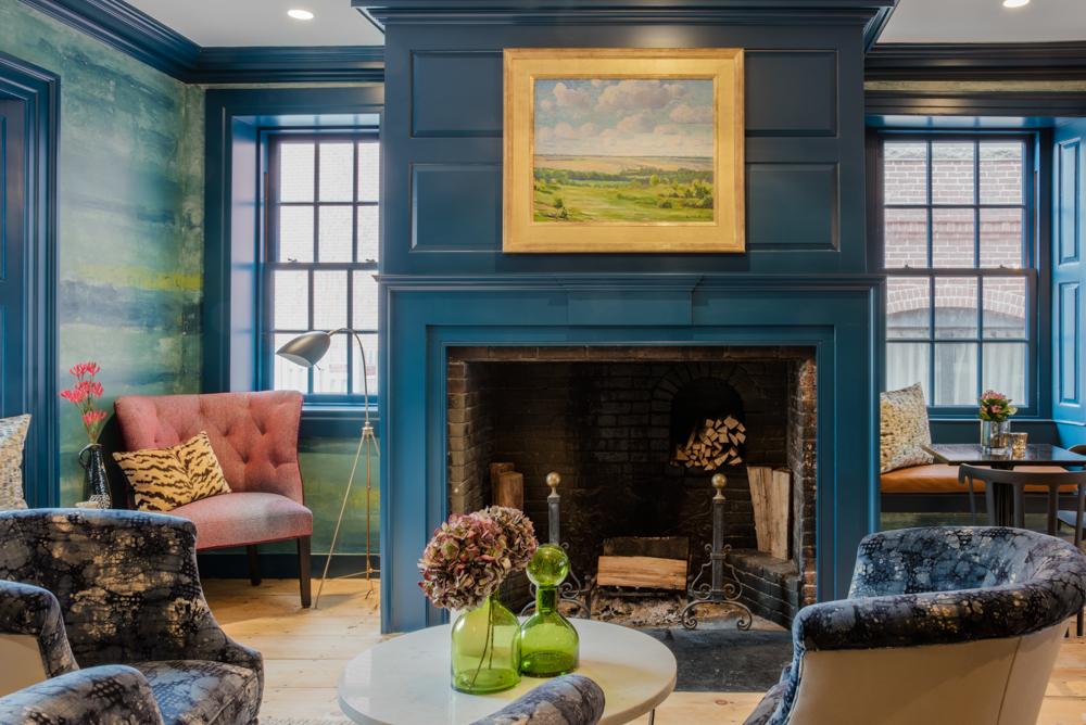 fireplaceroom.jpg