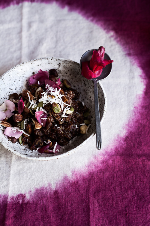Vitamin B6: Coconut & Red Quinoa porridge with nuts, seeds & edible flowers
