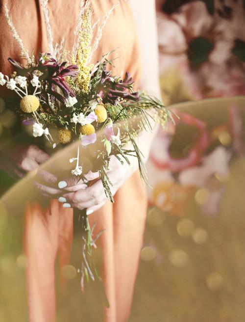 PiaJaneBijkerk_AestheticsOfJoy_flowers_withlight_IMG_0114.jpg