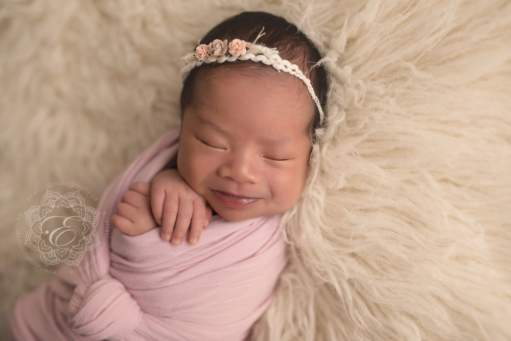 edmonton-posed-newborn-photographers