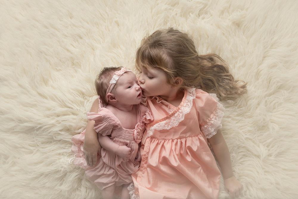 newborn-photographers-edmonton