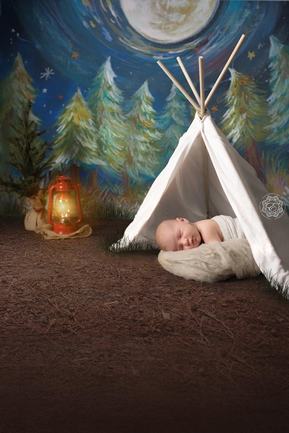 Newborn-baby-camping-in-tent.jpg