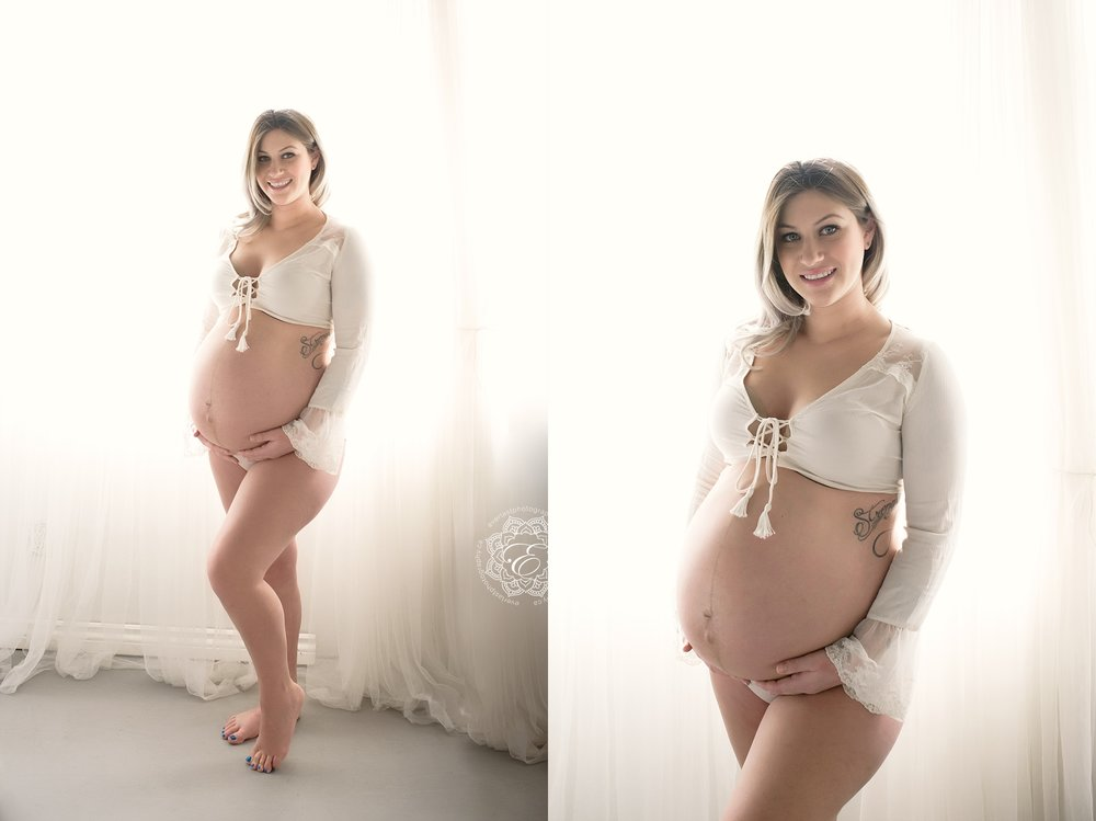 maternity-photography-edmonton.jpg