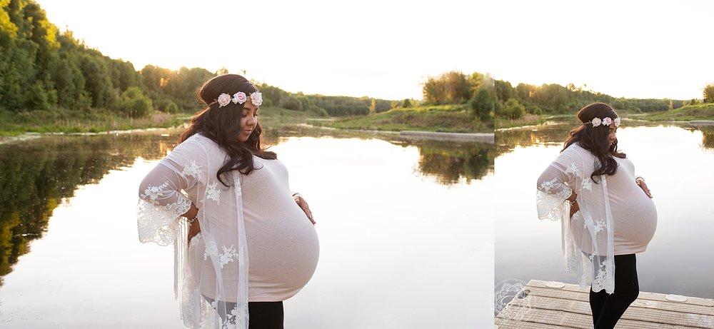 Custom-maternity-photographers-edmonton.jpg