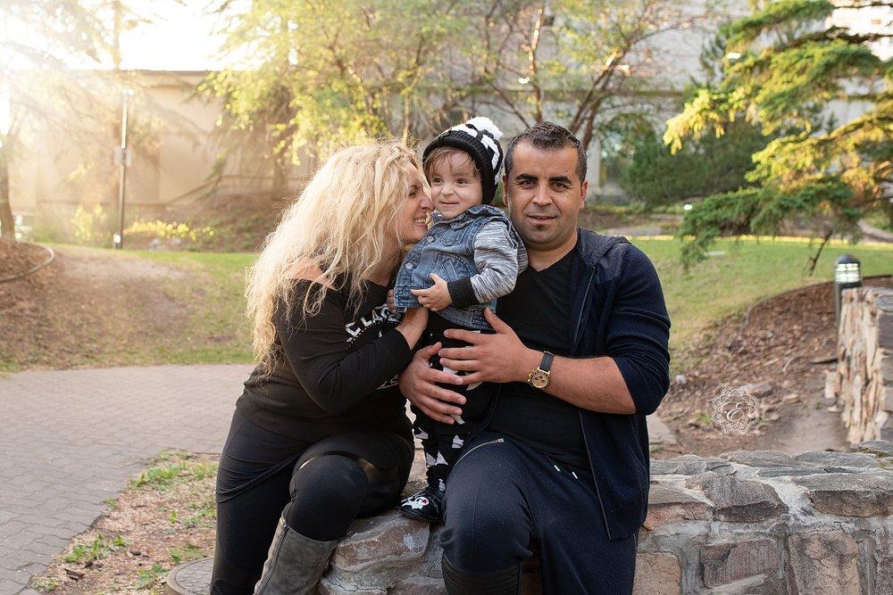 edmonton-family-portrait-photographer.jpg