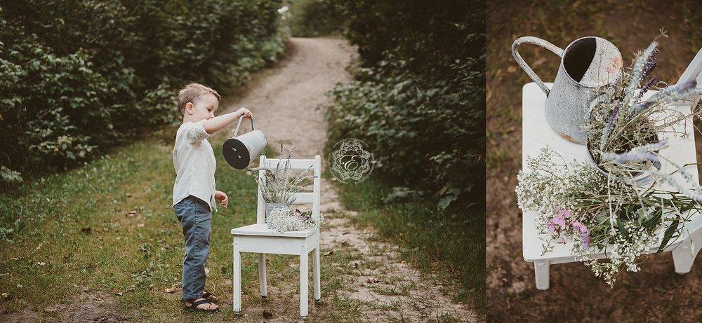 vintage-garden-edmonton-photographer.jpg