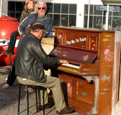Lukes_piano5.jpg