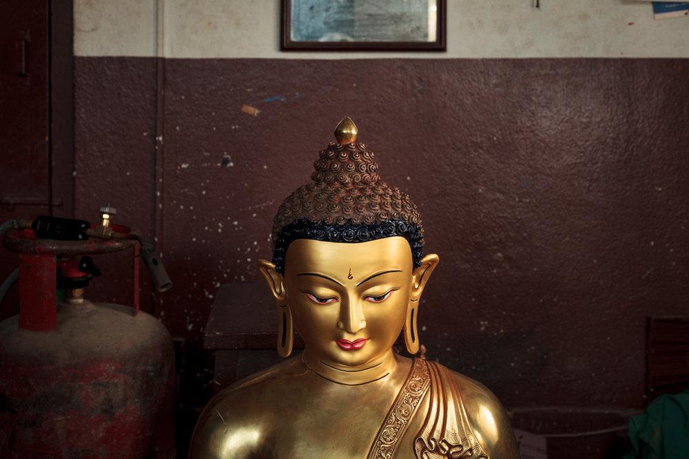 20150112_stupa-paint_0018.jpg