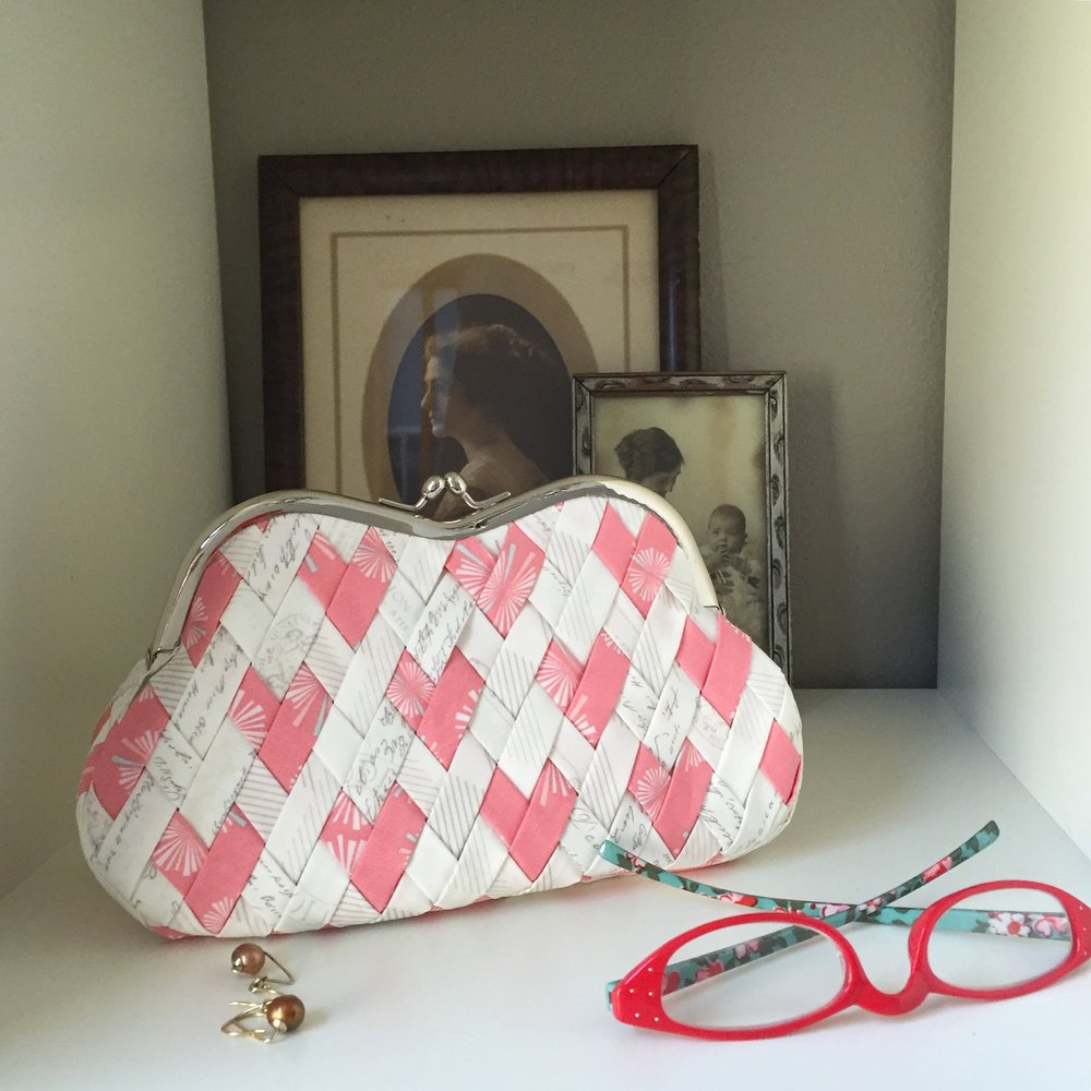 Curvy Clutch (Hearts Weave) in Amy Sinibaldi Paperie