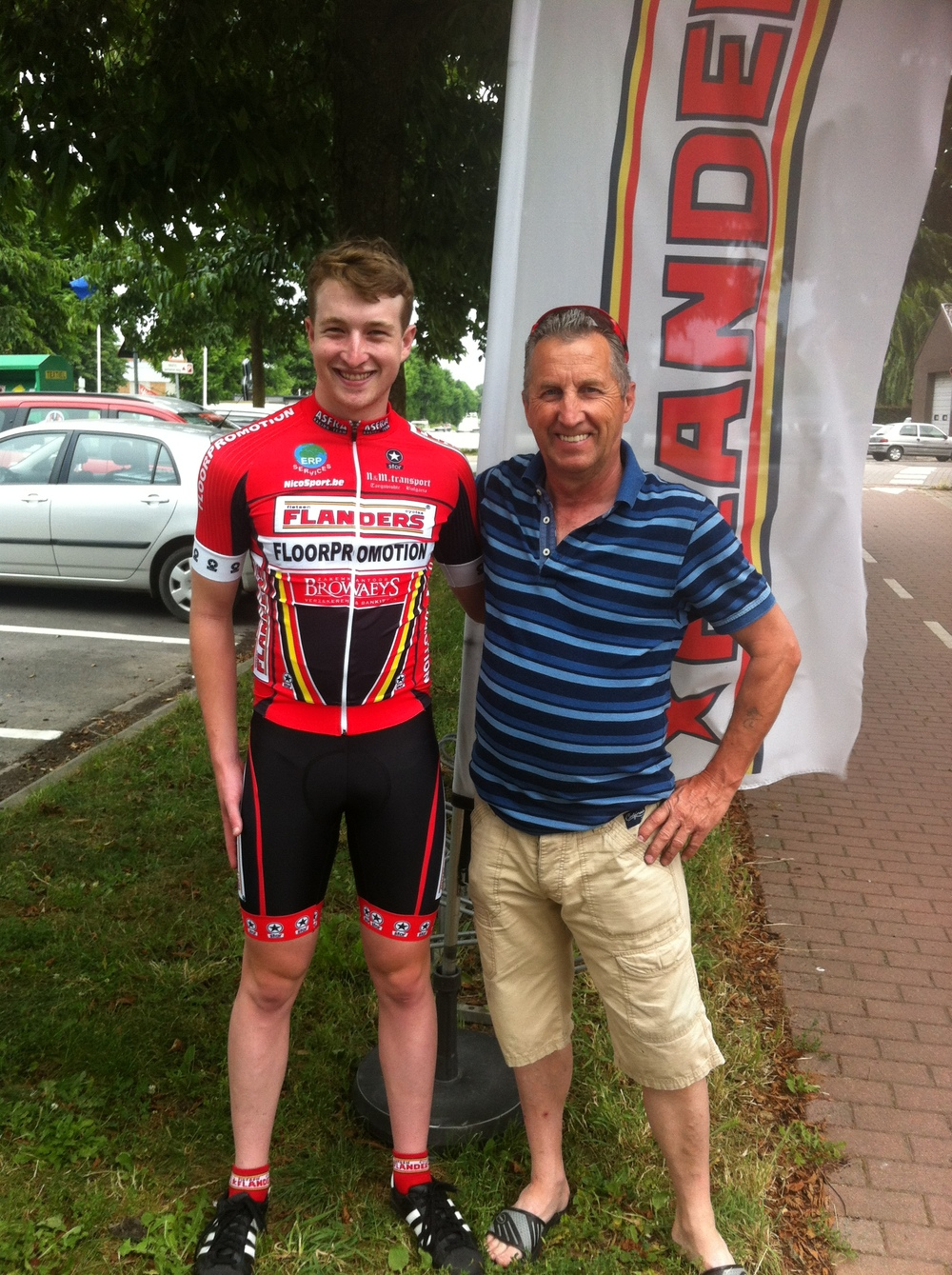 Conor with Luc Assez of ASFRA- Flanders Cycles Racing Team in Oudenaarde