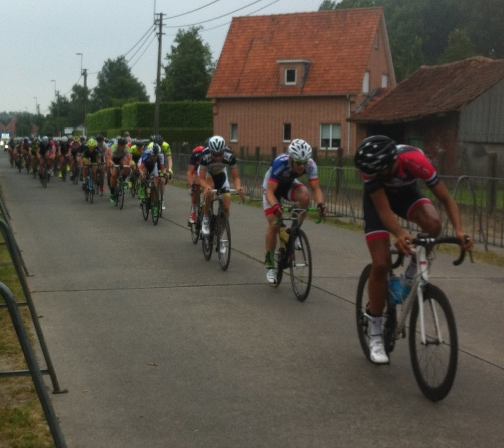Sinaai at the end of Lap 1 and the peloton was already full gas