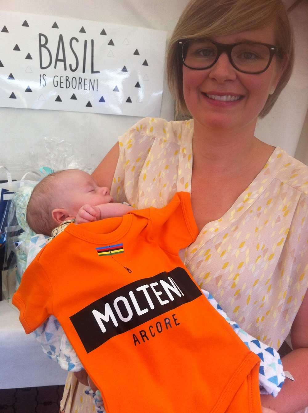 Basil & Jasmine Verhulst at the  babyborrel .  Basil was presented with his new Molteni Arcore pro team (baby size) jersey for the 2040 Tour of Flanders. Basil refused to comment on Molteni team salary negotiations.