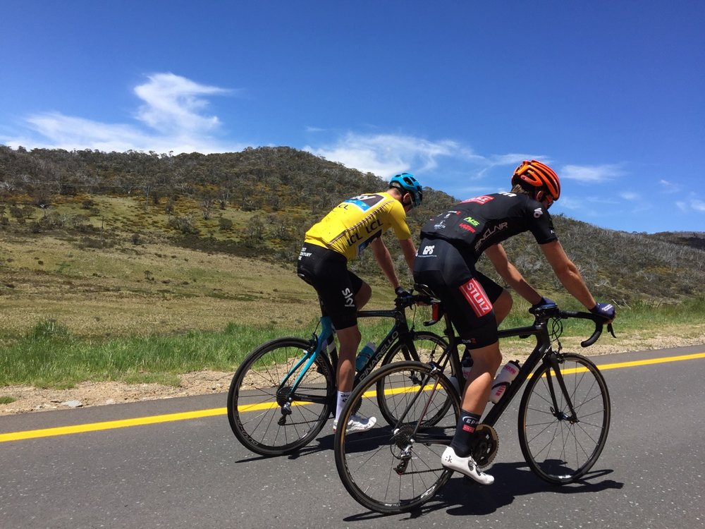 Chris Froome on the long Perisher climb (note the yellow snow road markings)