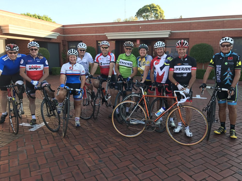 Ballarat 17 - Commissaires Grupetto Ride headed for Lake Wendouree. Alex Simmons (BiciSport) far left & John Crouchley far right.
