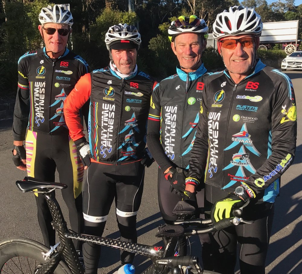 Nowra 17 - BiciSport Masters 180+ team of Raoul Westbrook, Brett Tarlington, Graeme Cocks & Ian Grainger at Terrey Hills on a chilly Sunday morning