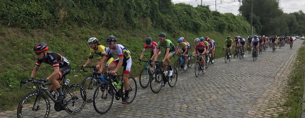 Brabant 17 (Stage 1) - Peter Livingstone (4th in line) climbs the Landenberg cobbles