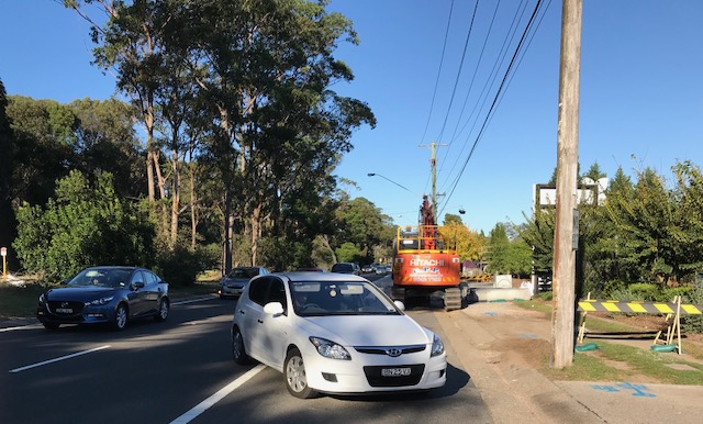 Mona Vale Rd near Hills Nursery - still a dangerous piece of roadworks for cyclists pushed out into the traffic. This is best avoided at all costs & use Myoora Rd towards Terrey Hills