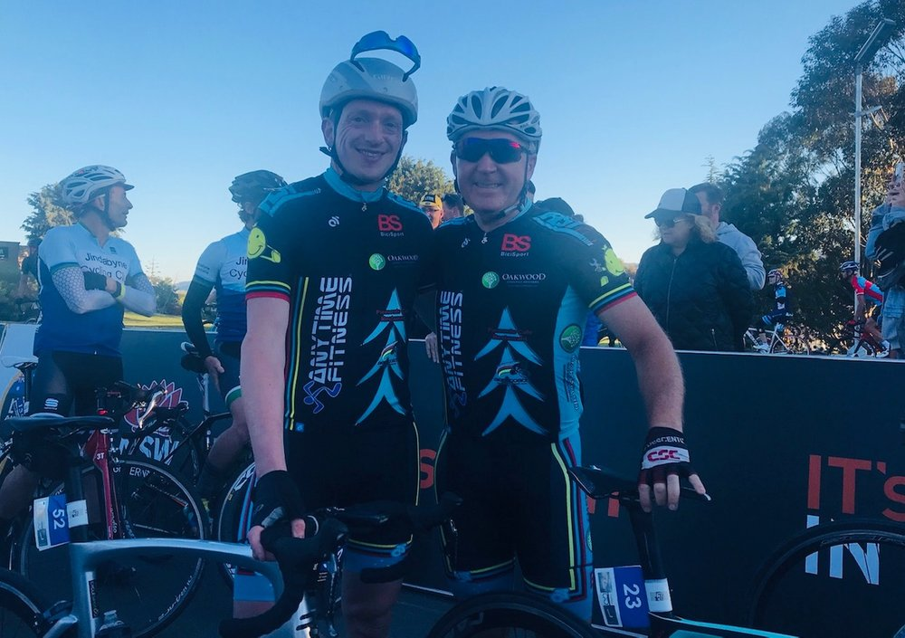 L'Etape 18 @ Jindabyne @ 1 Dec - Tom Green & Graham Cockerton (BiciSport Anytime Fitness) at the start