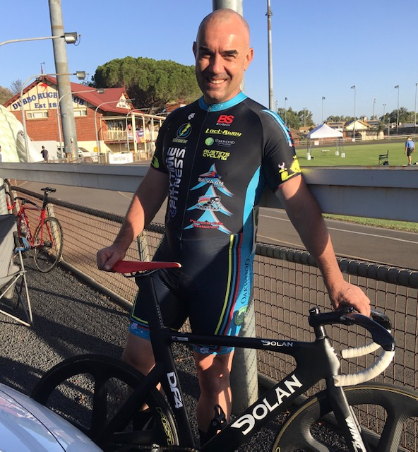 Dubbo Track Open @ 9 Feb - Damien Bottero (BiciSport Master) rode well on the somewhat flat Dubbo Velodrome