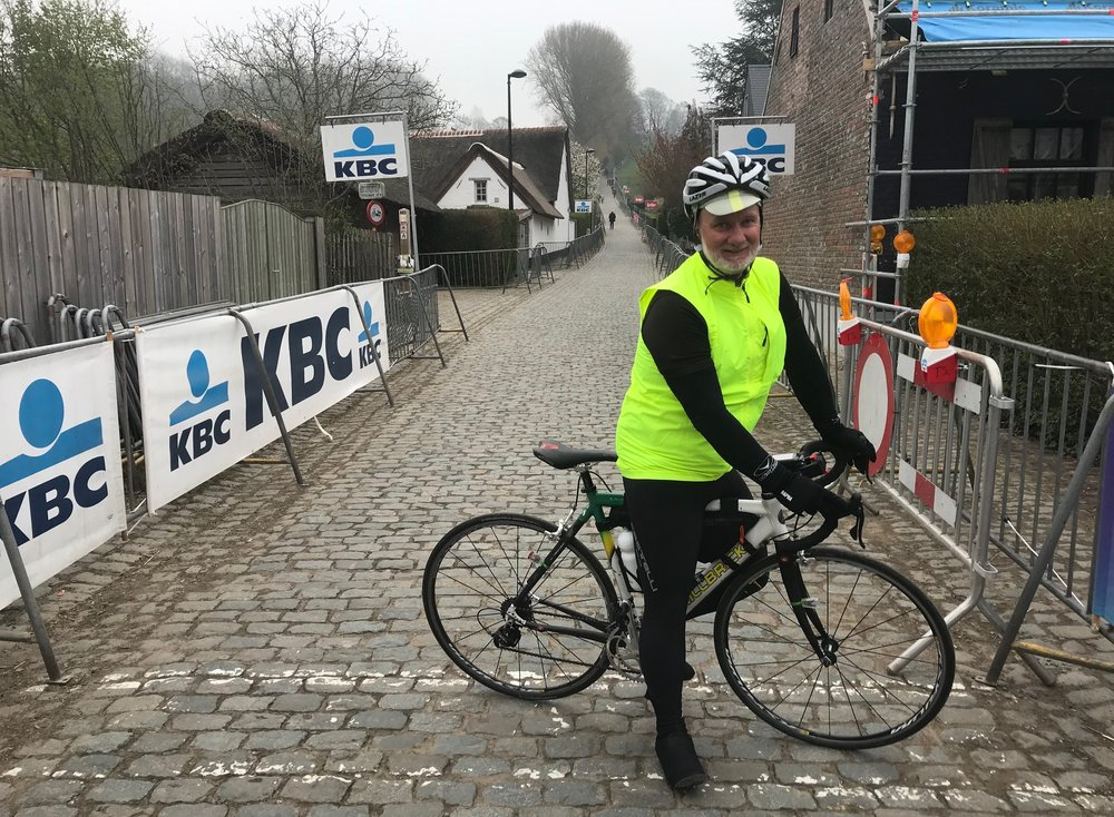 RVV @ 7 April  - Peter Tomlinson (UCI & CycNSW Commissaire) at the Koppenberg cobbles