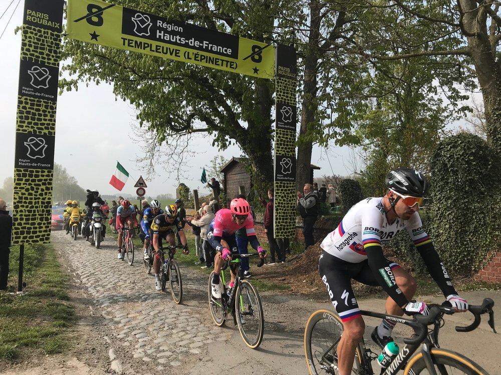 Paris Roubaix @ 14 April  - Peter Sagan exits the Templeuve cobbles in the lead group. Photo MOR
