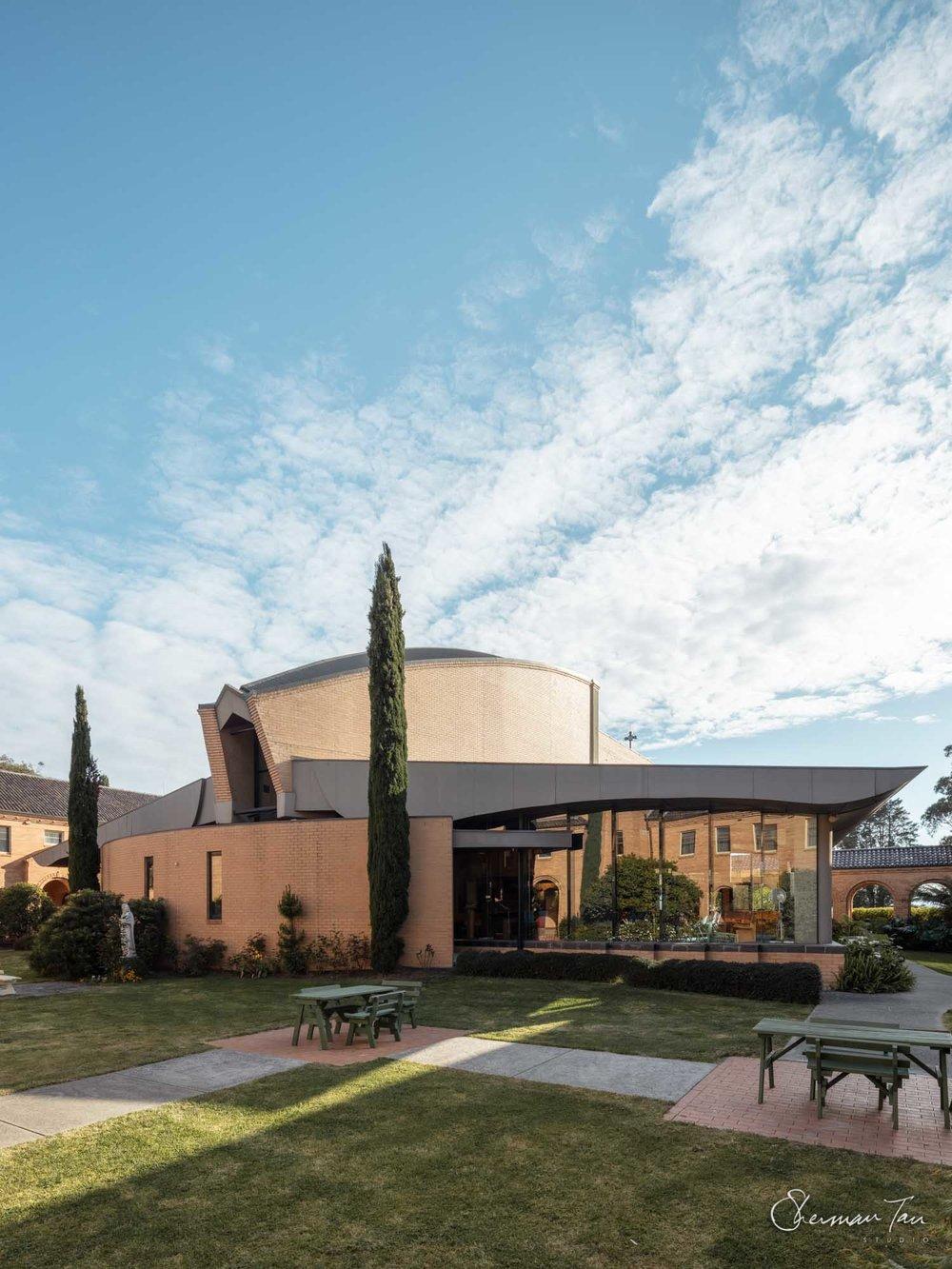 ©Sherman Tan Studio_Best Melbourne Wedding Church Venue_Sacred Heart Church_327.jpg