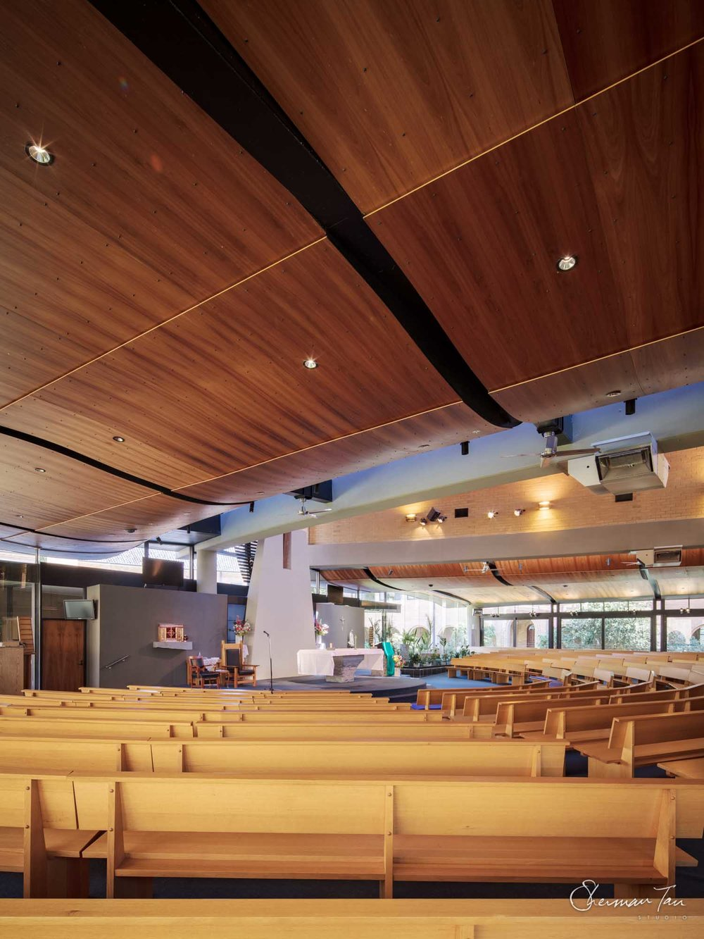 ©Sherman Tan Studio_Best Melbourne Wedding Church Venue_Sacred Heart Church_754.jpg