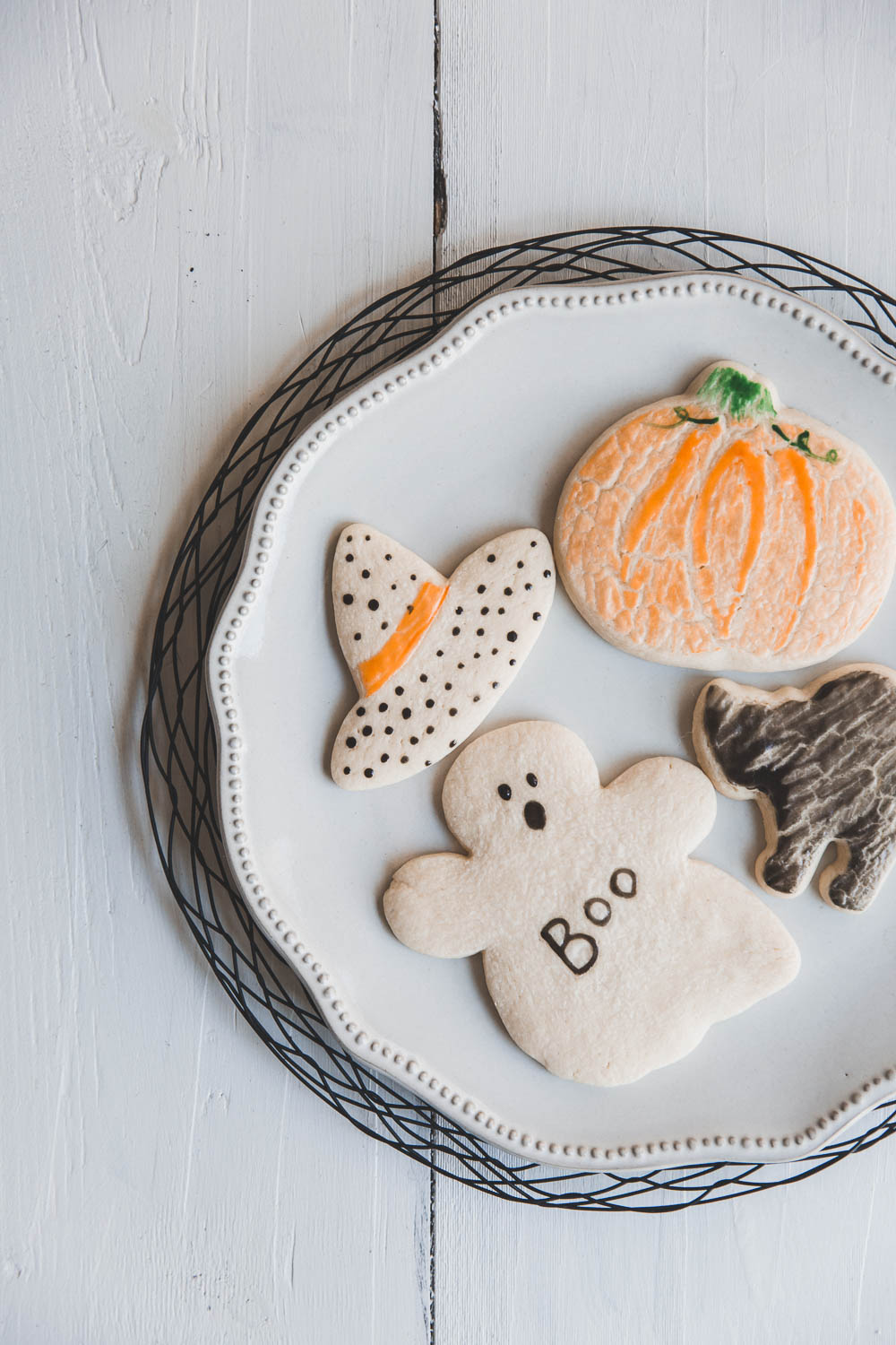 Simply decorated Halloween cookies