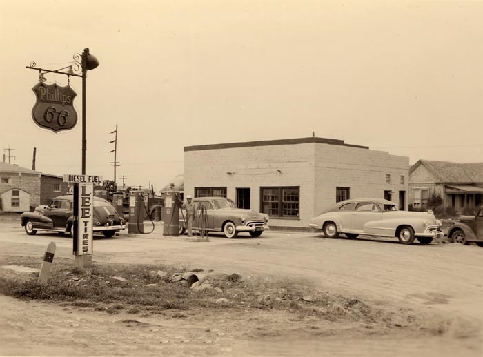 old-gas-station.jpg