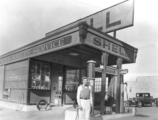 1920-Shell-Gas-Station.jpg