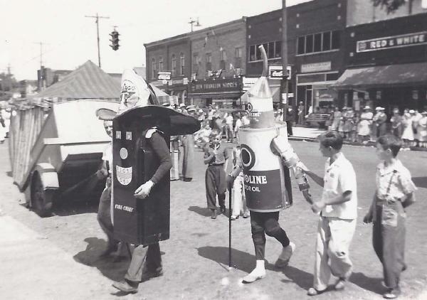1940_costumes_(2).jpg