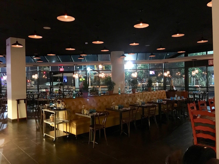 Ser Restaurant Is Simple Easy Real Spain In America An Arlington