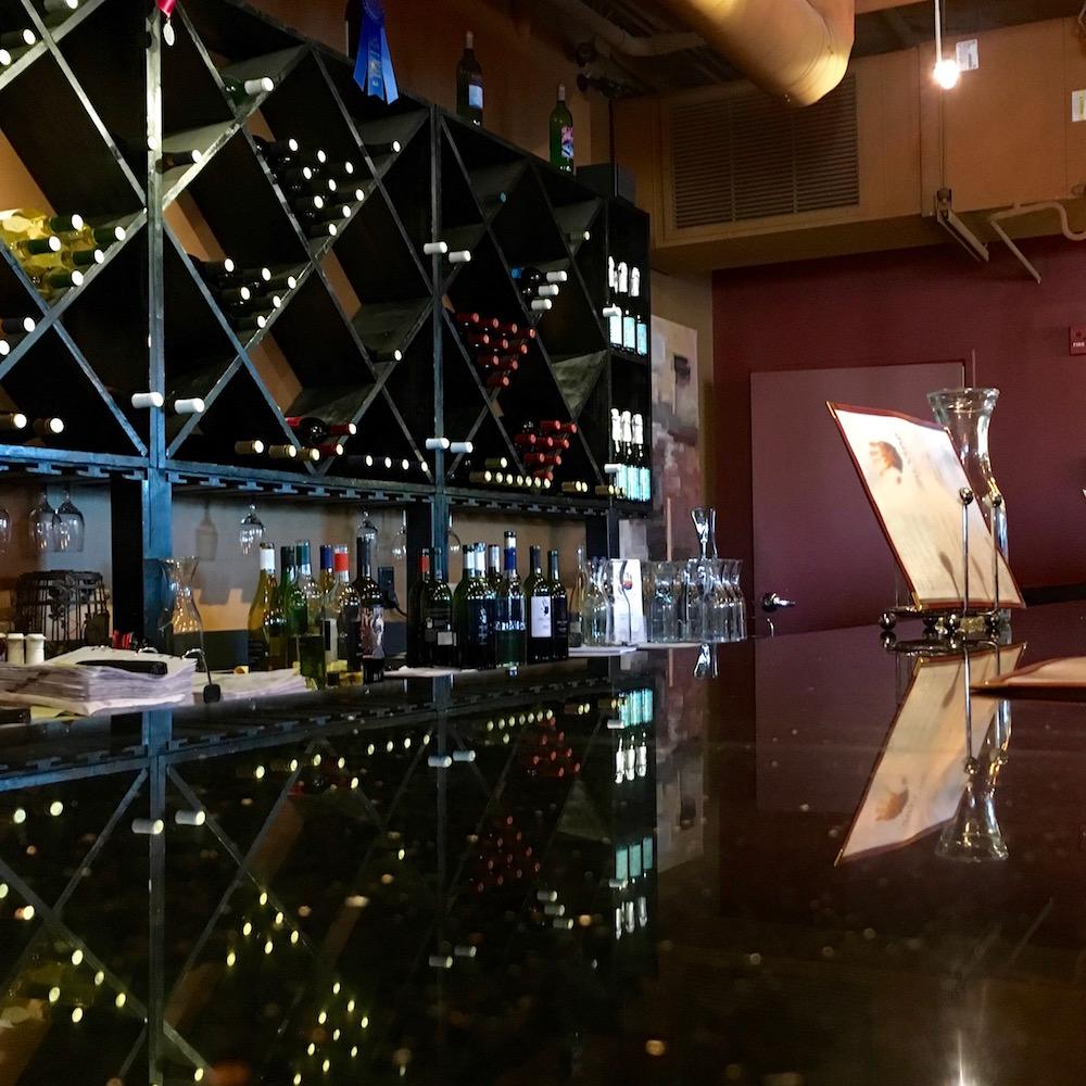 WINE_Su Vino bar.jpg