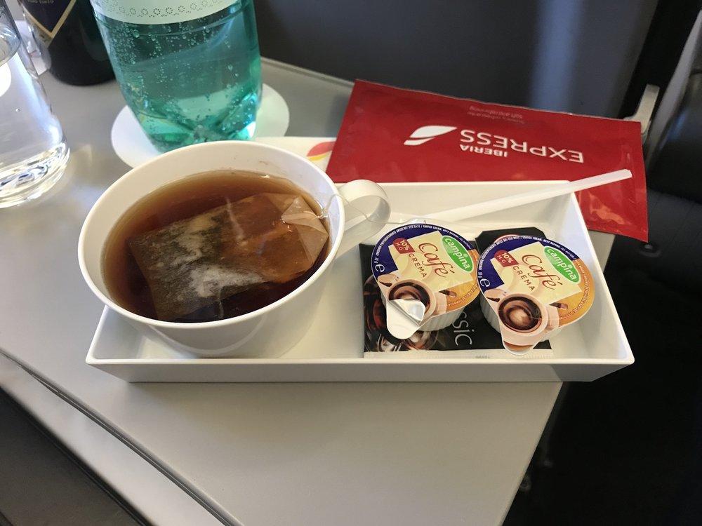 Tea service!
