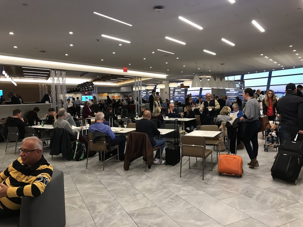 TRAVEl_JFK Flagship Lounge.jpg