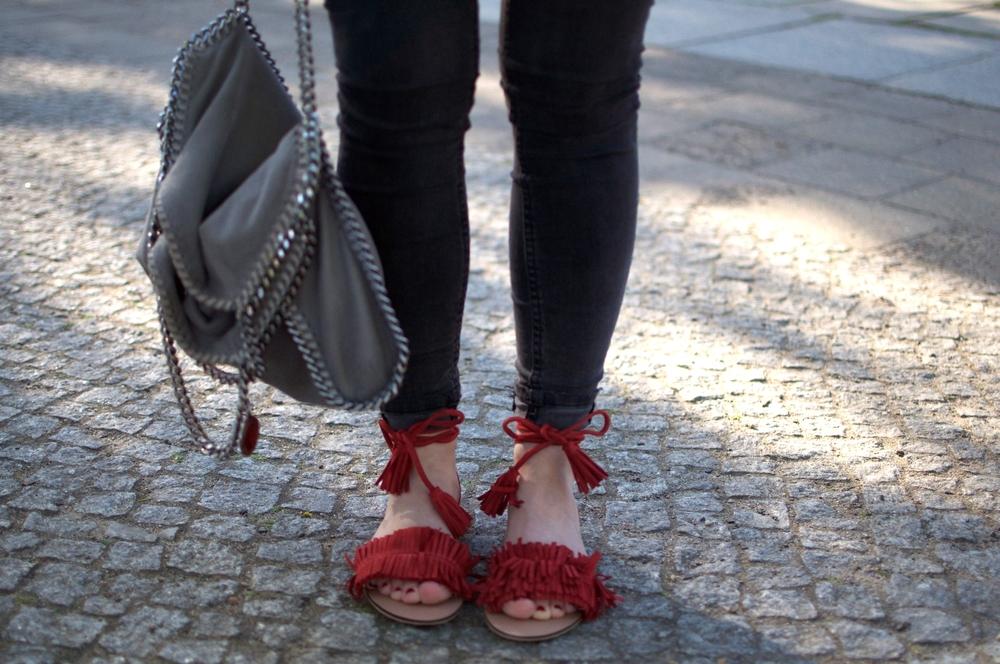 Fringe Sandals Red