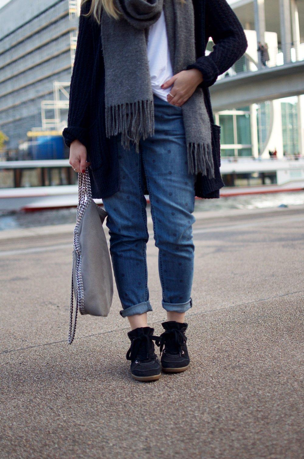 Fashion-Blogger-Berlin-Isabel-Marant-Bobby-Sneaker-Stella-McCartney-Falabellabag-Isabel-Marant
