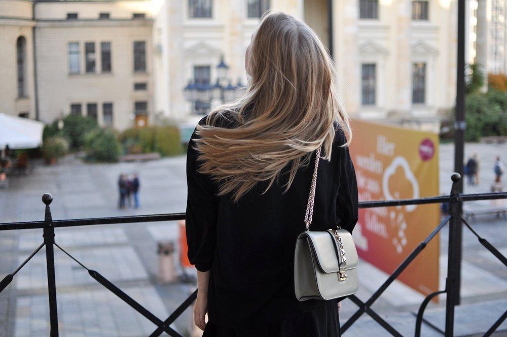 Fashionblogger-Berlin-Valentino-Medium-Lock-Rockstud-Bag-Green