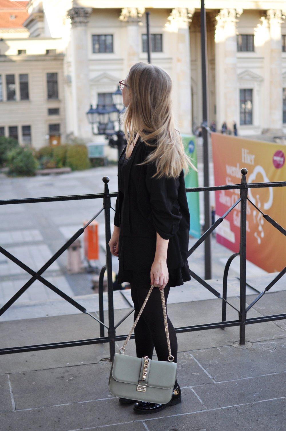 Fashionblogger-Berlin-Valentino-Medium-Rockstud-Bag-Green