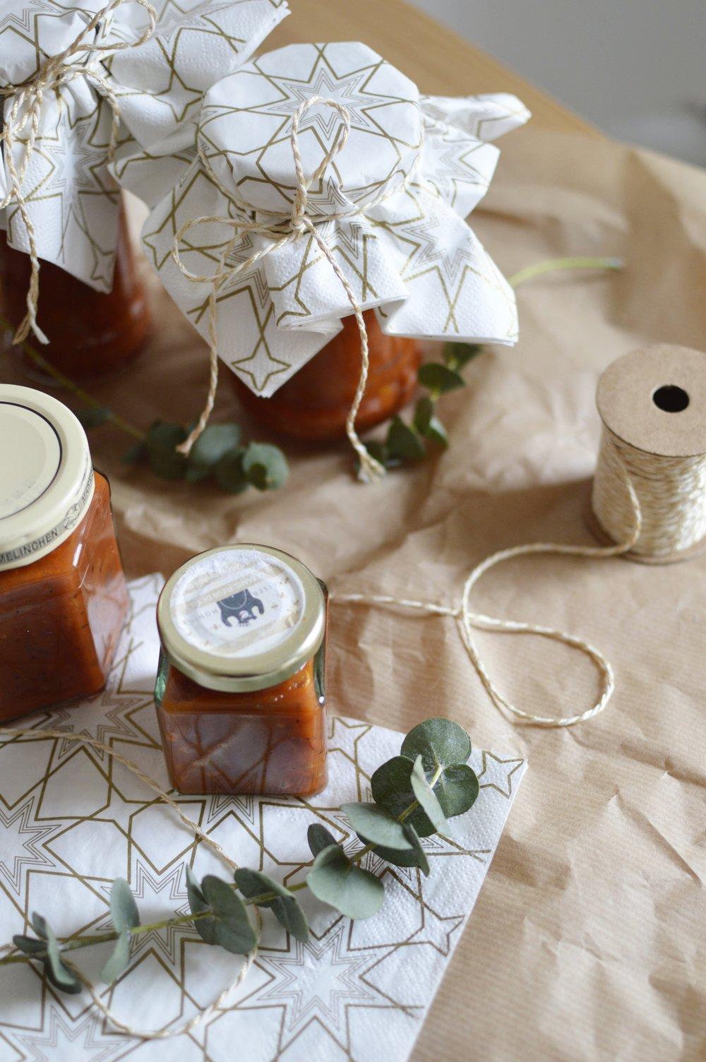 Rezept-Birnen-Tomaten-Chutney-Last-Minute-Weihnachtsgeschenk-Selbstgemacht