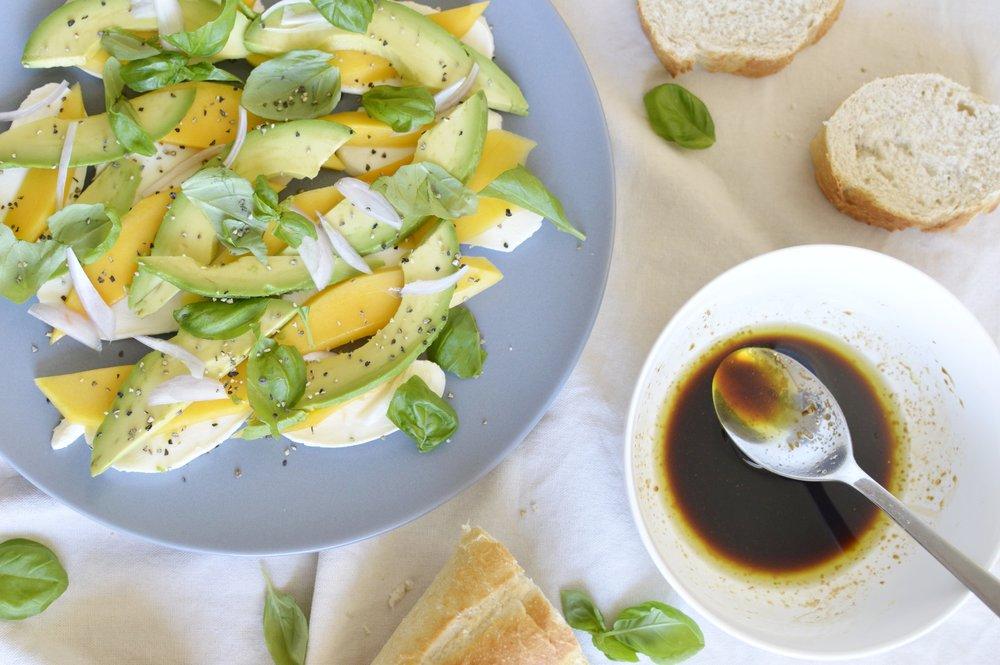 Avocado-Mango-Mozzarella-Rezept-lowcarb-ideen-rezept